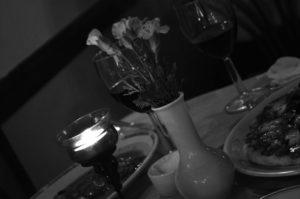 candlelit diner